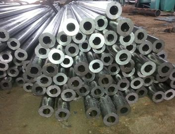 चीन Cold Rolled ASTM A106 / A53 Seamless Precision Steel Tube , 1.25mm - 50mm Thick आपूर्तिकर्ता